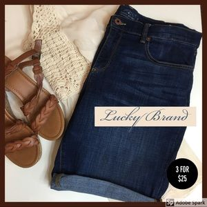 LUCKY BRAND Jean Shorts Stretchy The Bermuda Denim